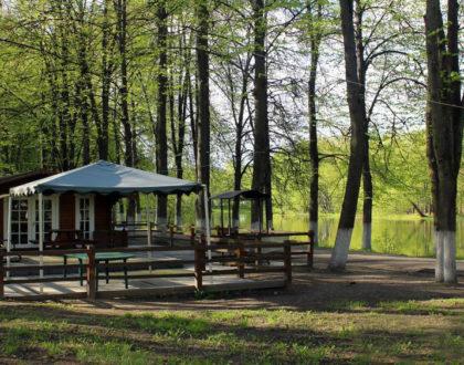 Отдохните на природе в наших гриль-домиках!